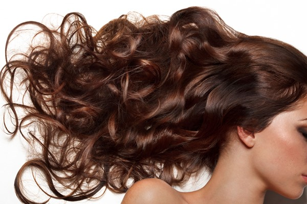 4 Things You Should Not Be Doing To Your Hair