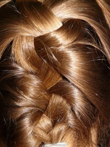 4 Issues You Could Do To Help Your Hair Develop Sooner