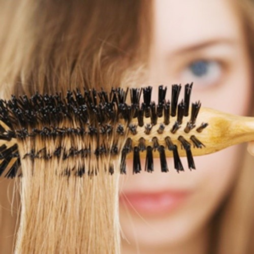 hair brush cleaning